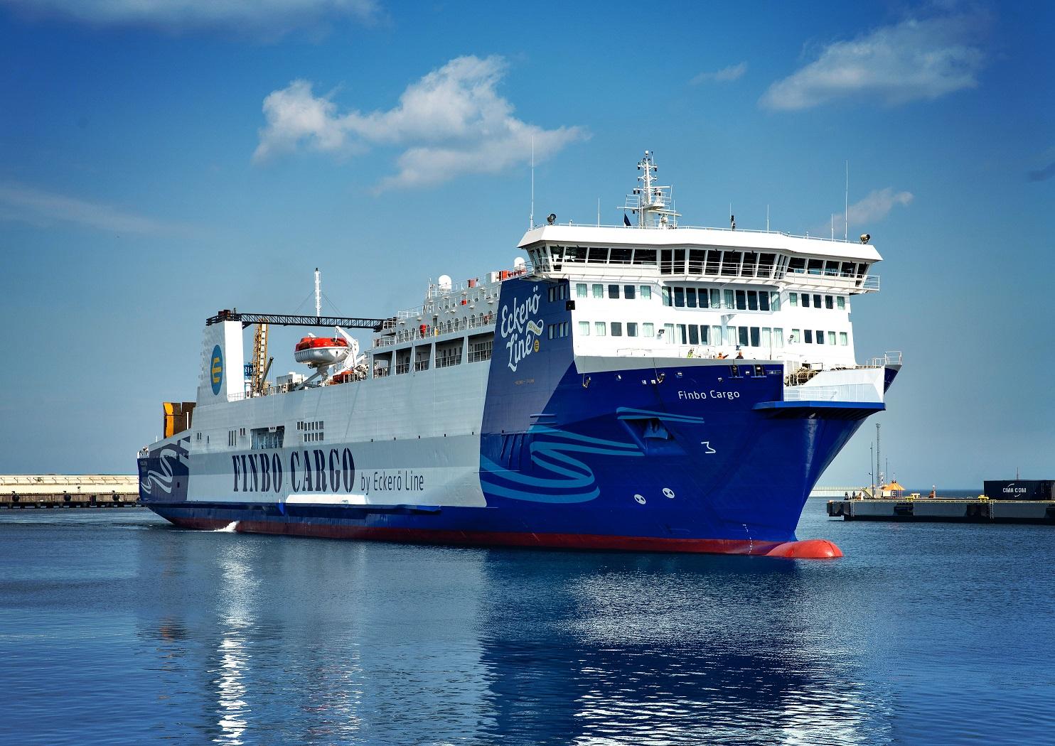 MS Finbo Cargo alustab liiklust Muuga-Vuosaari liinil